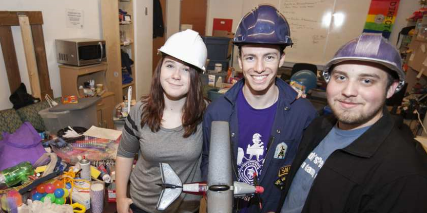 U of W will help light up the CN Tower for National Engineering Month  Banner Image