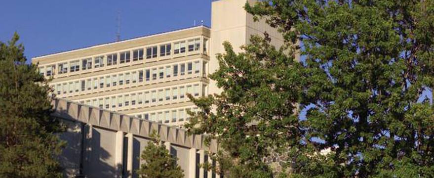 Laurentian University under fire for hiring of aboriginal professor  Banner Image